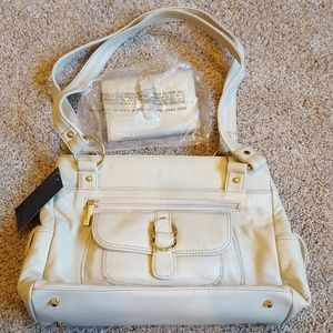 Stone Mountain Cream leather purse with wallet